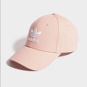 NWT Adidas originals hat baseball